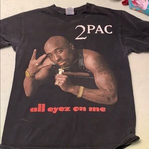 Men's 2pac shirt